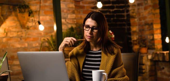 Medienprofis mit Nebenjob – warum sich das oft lohnt